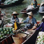 ตลาดน้ำ 2 (Floating Market)